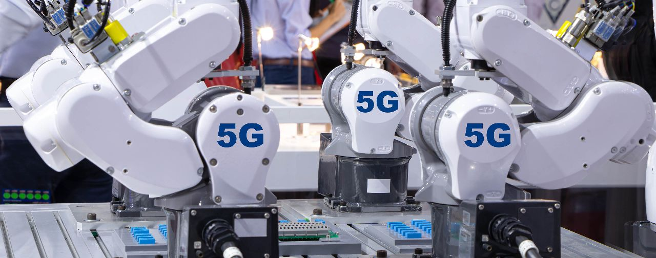 Redefining Smart Factory with 5G