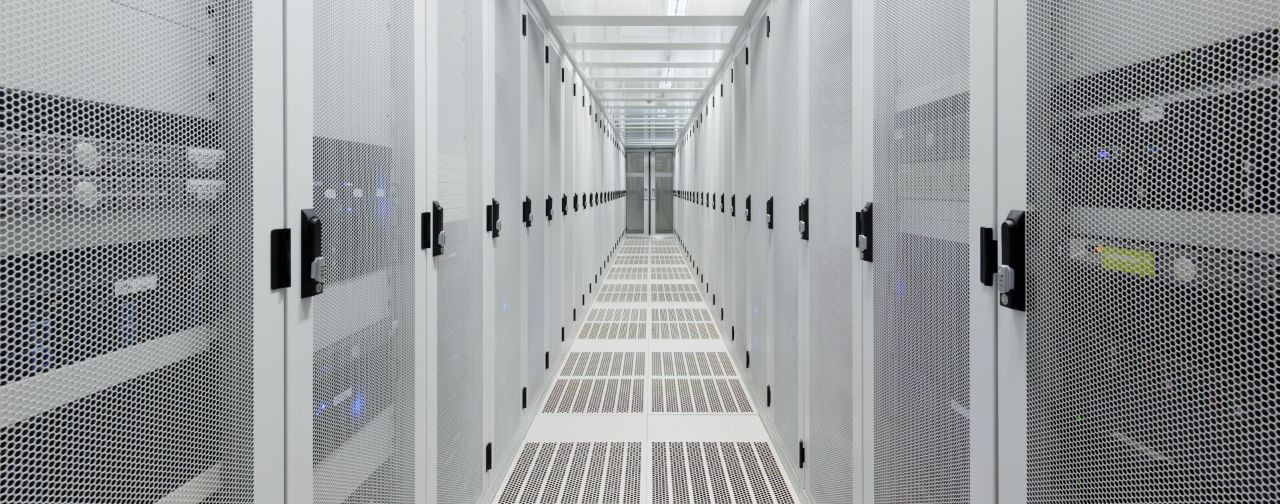 Shifting from Traditional Mainframes to Distributed Computing