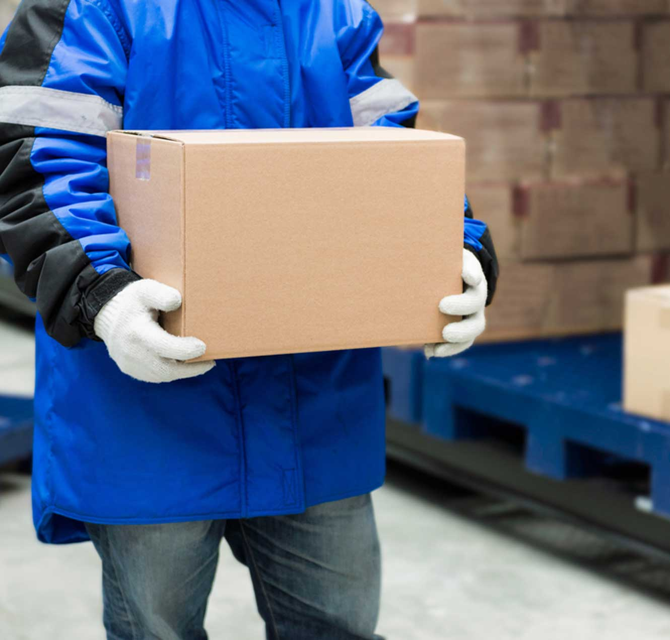 Man holding a parcel from a Cold Storage
